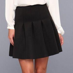 Bcbgeneration black pleated mini skirt -XS